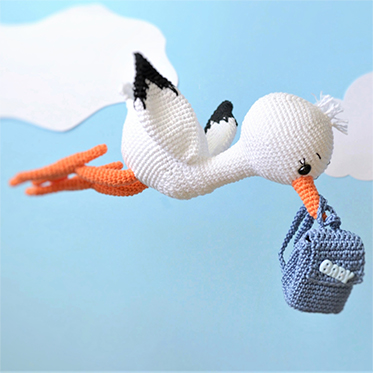 Sydney-the-stork-crochet-amigurumi-pattern